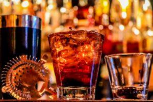 5 Recettes De Cocktails Originaux À Base De Whiskeys Aux Couleurs De L'irlande