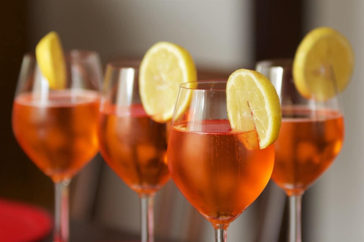 7 recettes originales de cocktails à base de vin