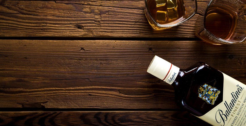 3 idées de verres pour déguster du whisky à offrir à la fête des pères