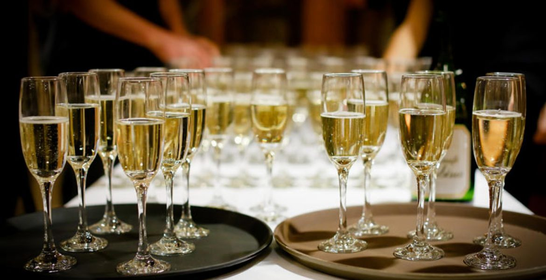 astuces servir champagne